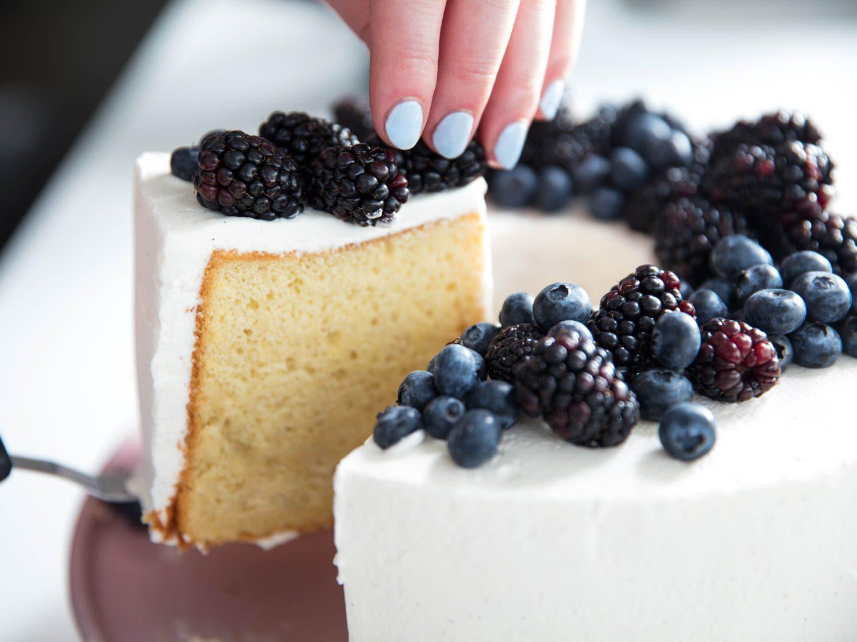 طرز تهیه کیک کراکر میوه ای