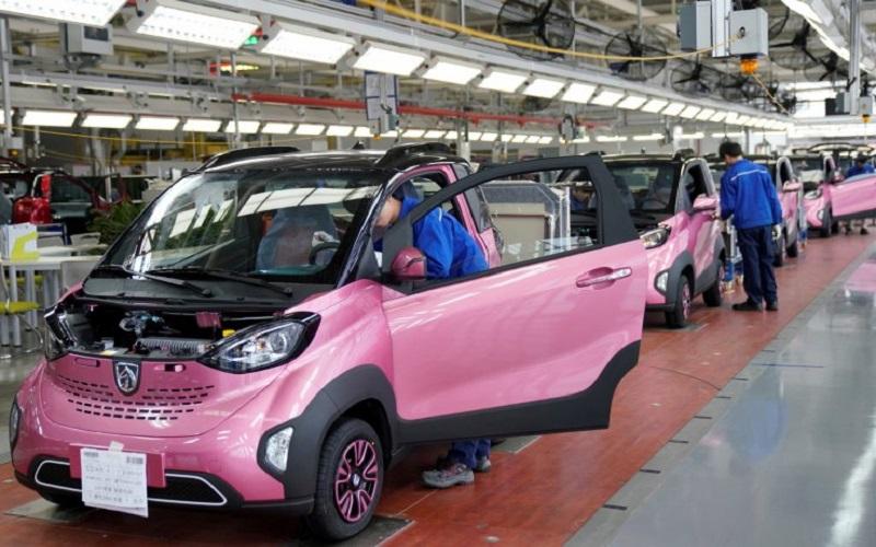پکن تا سال 2020 تولید خودرو های الکتریکی خود را 2 برابر می کند