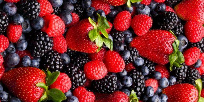 کاهش التهاب روده با توت فرنگی