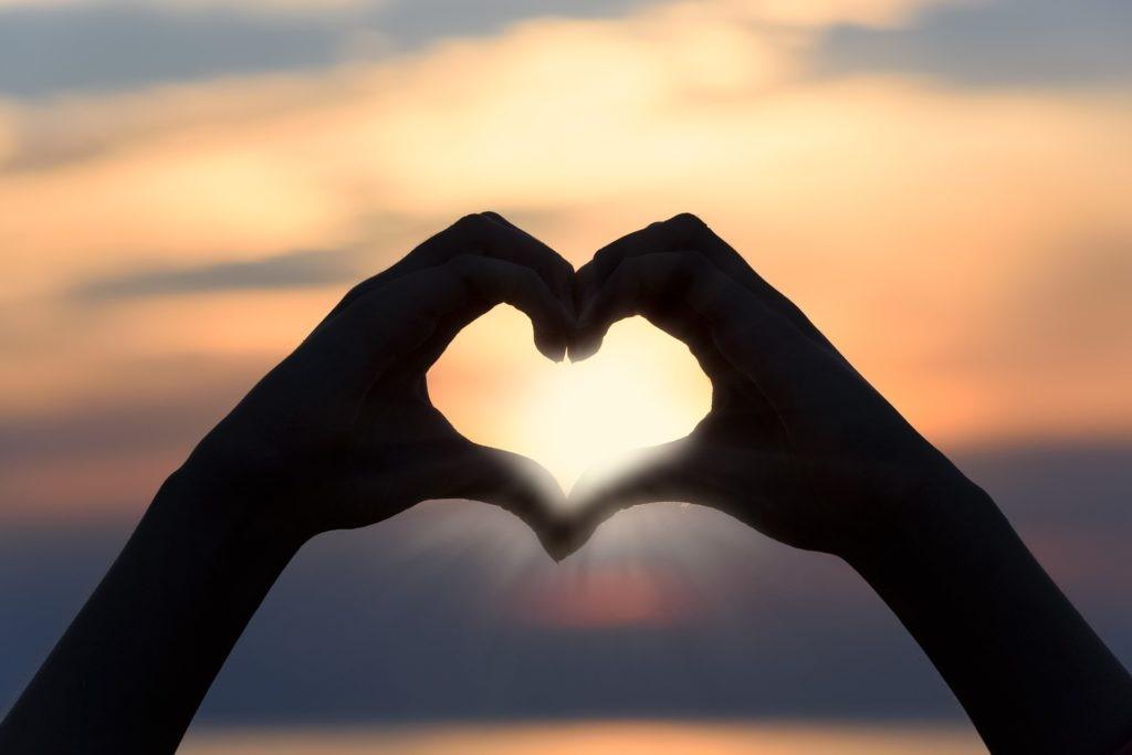 نشانه های داشتن رابطه عاطفی سالم و ماندگار