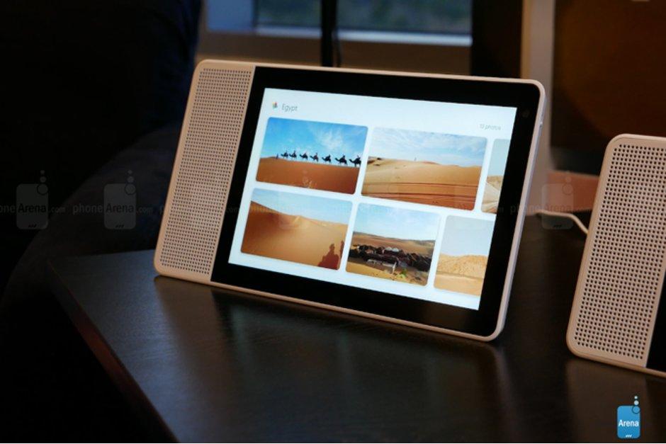 بروزرسانی نمایشگرهای هوشمند Lenovo با ویژگی های گوگل هوم هاب
