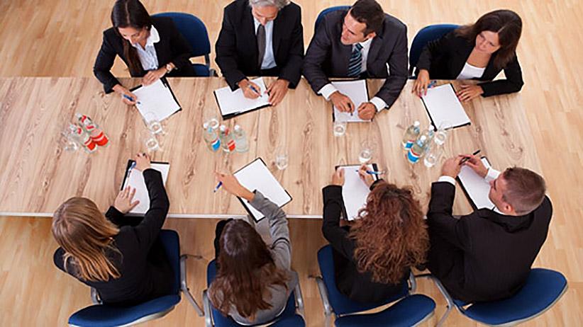 آیا صاحبان کسب و کارهای کوچک نیاز به مشاوران مالی دارند؟