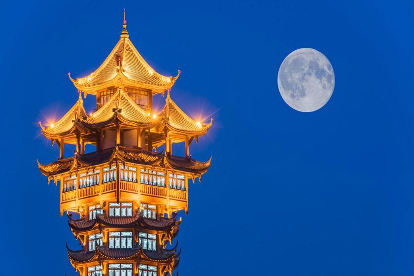 نصب یک ماه مصنوعی بر آسمان چین تا سال 2020