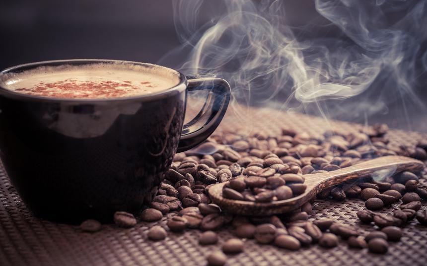 عوارض خطرناک مصرف زیاد قهوه
