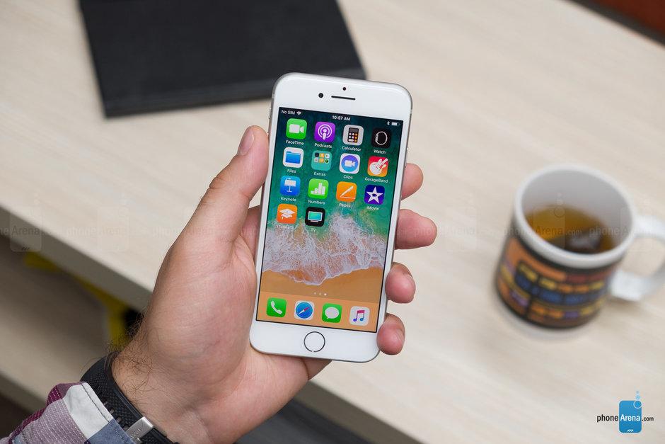 افزایش فروش اپل با آیفون 8