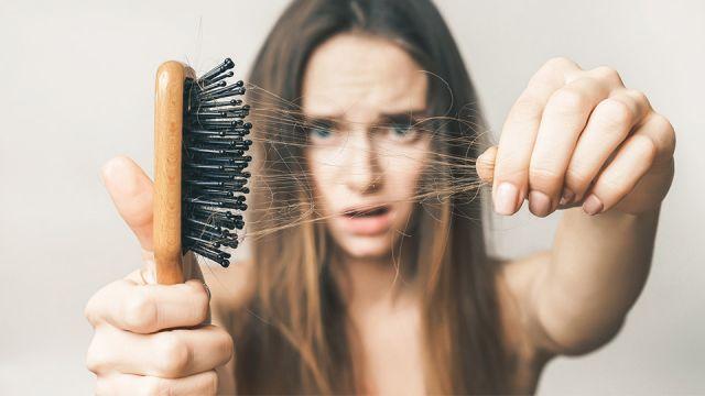 علت ریزش مو با وجود رژیم غذایی مناسب چیست ؟