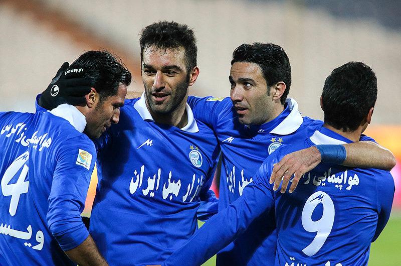 حنیف عمران زاده از دنیای فوتبال خداحافظی کرد