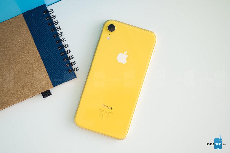 آیفون XR کمتر از پیش بینی اپل و تحلیلگران به فروش رفت