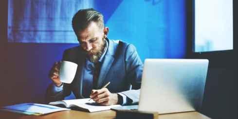 10 ایده احمقانه که به کسب و کارهای میلیونی تبدیل شدند