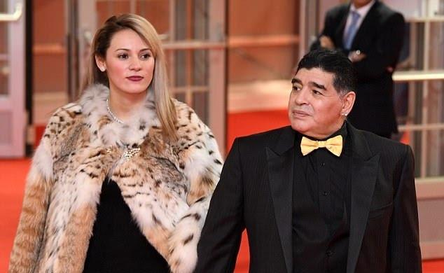 خیانت نامزد 28 ساله مارادونا ؛ دلم می خواهد سراز تنش جدا کنم