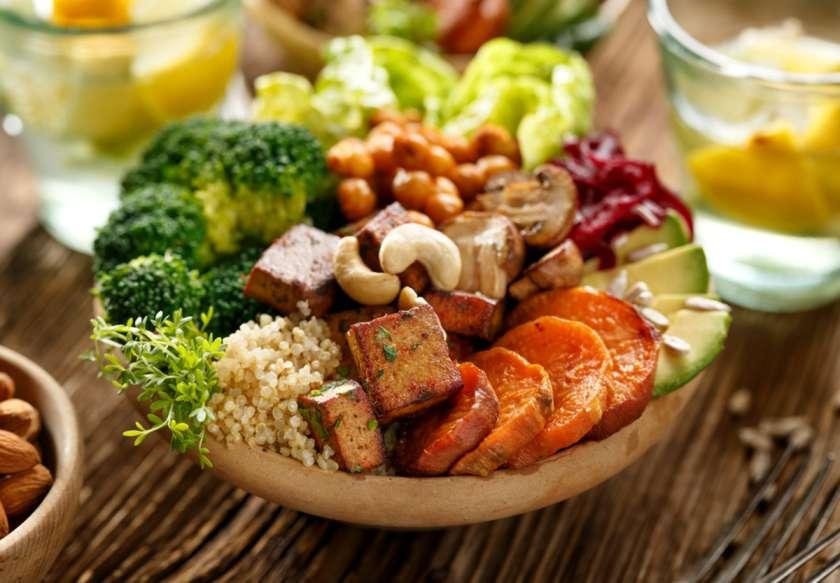 خام گیاهخواری چیست و چه فوایدی دارد ؟