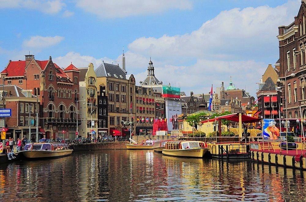 هزینه های سفر به پایتخت هلند