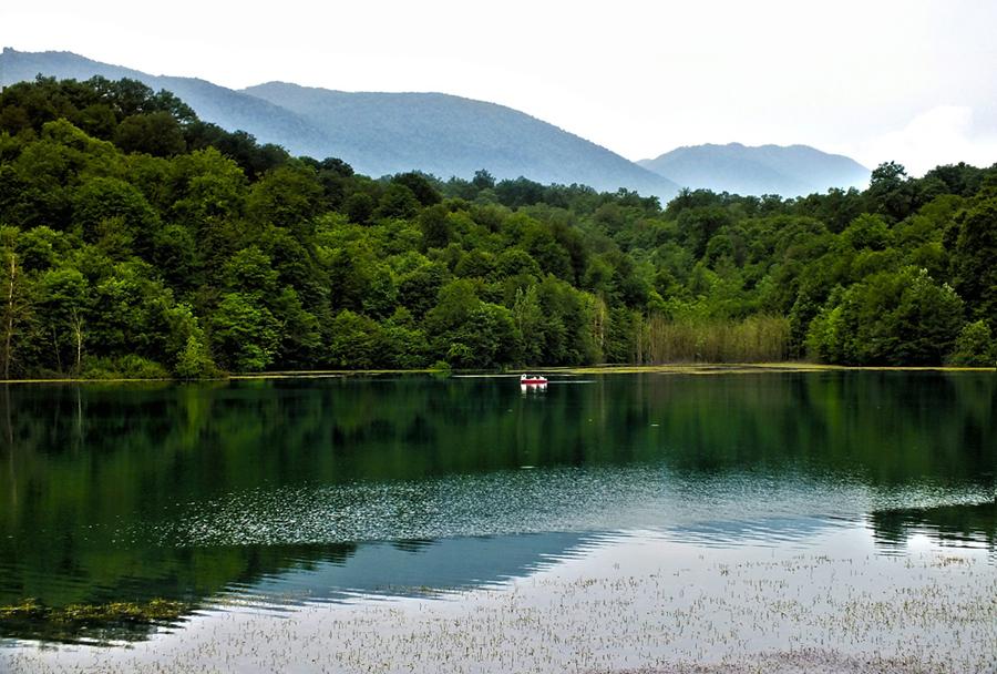 دریاچه الیمالات مازندران