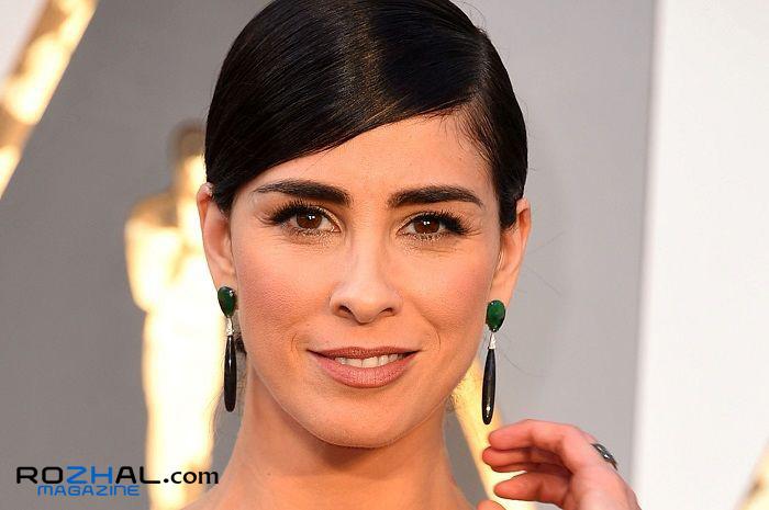 خانم بازیگری که به خاطر آرایشش اخراج شد !