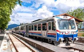 قطار تهران – استانبول تا پایان امسال راهاندازی میشود