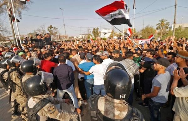 قطعی اینترنت در عراق به دنبال گسترش دامنه اعتراضات مردمی