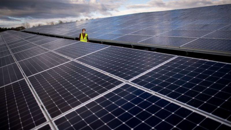 بزرگترین پارک انرژی تجدیدپذیر دنیا با مساحت تهران در هند ساخته میشود